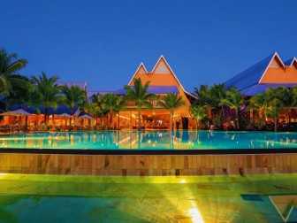 Victoria Beachcomber Resort & Spa Hotel Image
